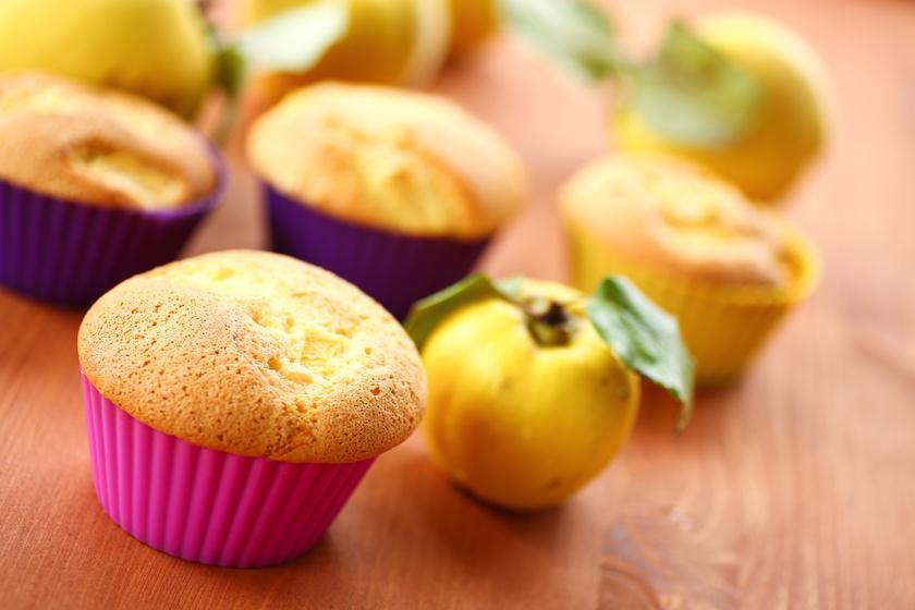 Omlós, birsalmás muffin: bögrével is kimérheted a hozzávalókat