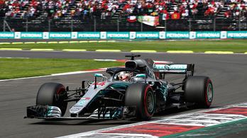 Hamilton már Schumachert ostromolja