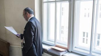 Megszüntették a Kiss Szilárd elleni nyomozást