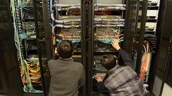 Kína a nyugati internet eltérítésével gyűjt információkat