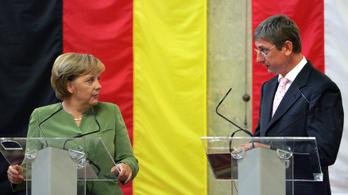 Ha Merkel kedvesebben beszél Gyurcsánnyal 2009-ben, akkor meggondolja a lemondását az egykori miniszterelnök