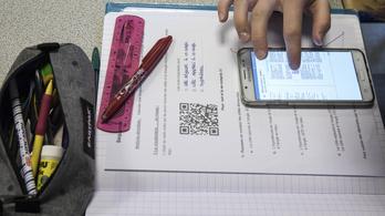 Nyelvtudásért Egyesület: Wifi és szabad tankönyvválasztás is kell a jó nyelvoktatáshoz