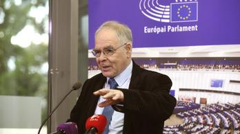 Schöpflin György: A kormány nem engedheti, hogy a CEU rektora zsarolja