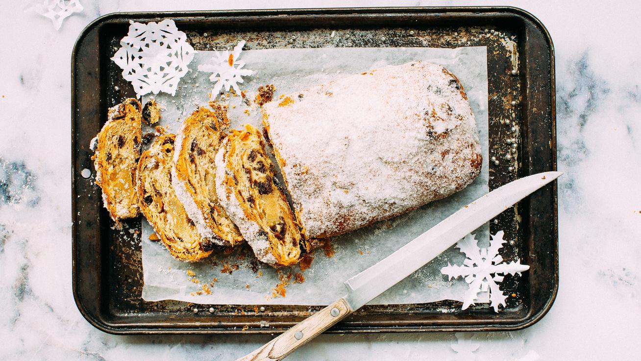 Puha, szaftos gyümölcskenyér karácsonyi maradék csokiból - Szaloncukor is mehet bele