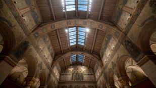 Három év után megnyílt a felújított Szépművészeti
