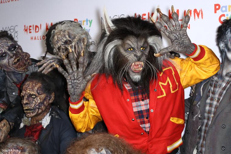 2017-ben farkasembernek öltözött.