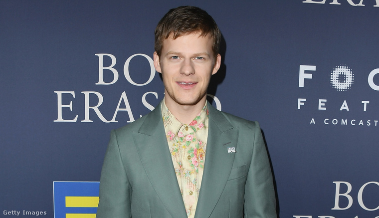 1. Trendi Lucas Hedges