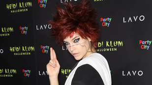 Palvin Barbara is ott volt Heidi Klum halloweeni buliján