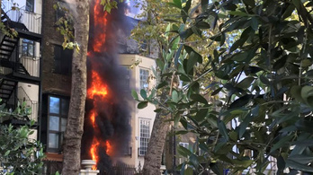 Kigyulladt a szaúdi követség melletti épület Londonban