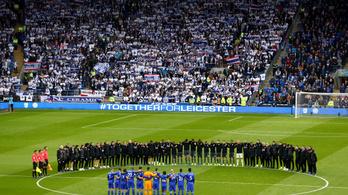 Könnyekkel indult a Leicester bajnokija tulajdonosa halála után