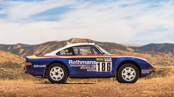Több, mint másfél milliárd forintért kelt el a terep Porsche