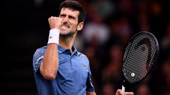 Federer 12-ből 12 bréklabdát hárított, nem volt elég Djokovics ellen