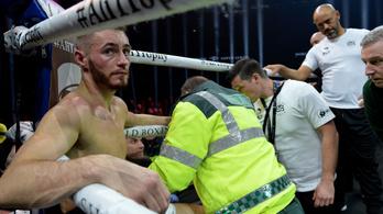 Saját ütésétől rogyott össze a bokszoló, hordágyon vitték el