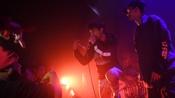Durván nekiment a thai rezsimnek egy helyi rapzenekar