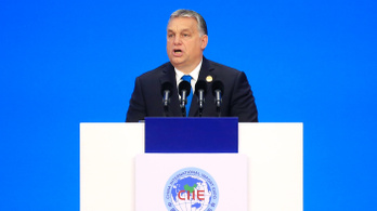 Orbán Sanghajban a közép-európai régiót fényezte