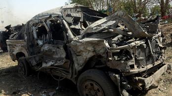 Legalább 150-en meghaltak a hétvégén a jemeni harcokban