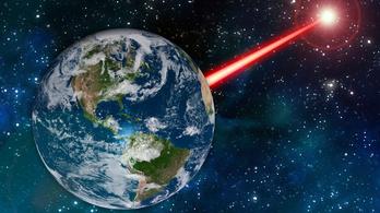 Lézerfénnyel üzenhetne a Föld E.T.-nek