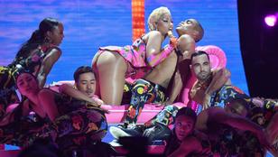 Nicki Minaj elég keményen összeszexizte az MTV gáláját