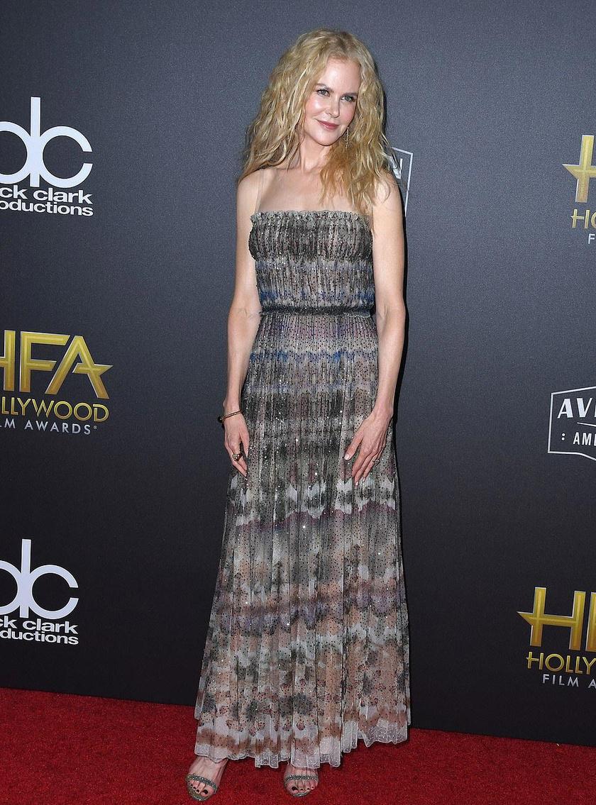 Nicole Kidman visszafogott ruhájában is elbűvölő volt.