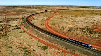 Kisiklott a világ leghosszabb tehervonata, miután 92 kilométeren át robogott vezető nélkül
