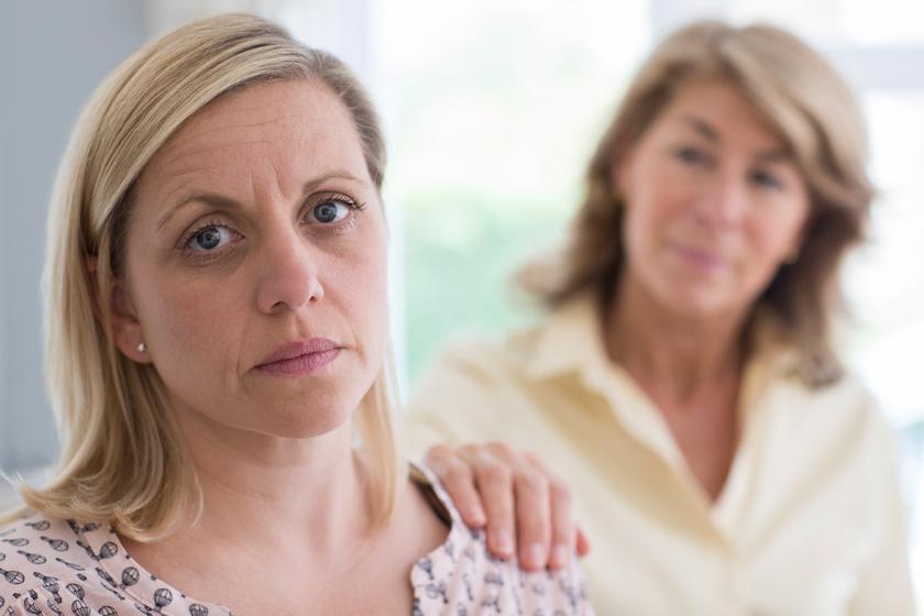Az irányításmániás szülők gyerekeinek nehéz lesz a szerelem megtalálása