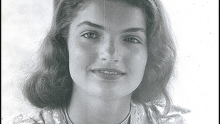 Soha nem látott fotók kerültek elő a tinédzser Jackie Kennedyről