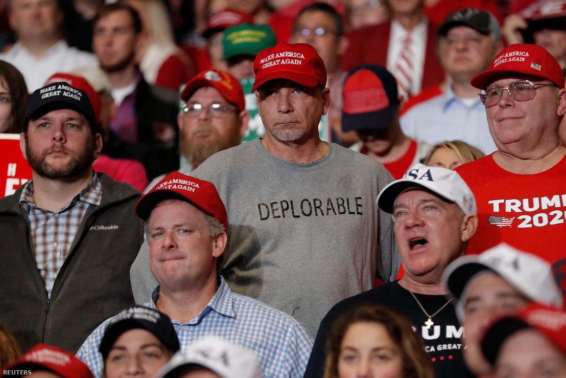 Támogatók Trump gyűlésén 2018 november 5-én