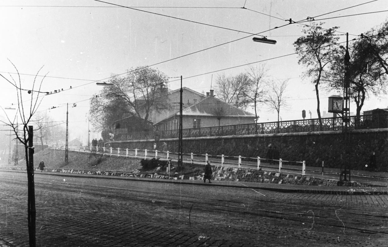 A Déli premodernista időszaka 100 évig tartott. A környék hangulatát az ipari forradalom építészete határozta meg.