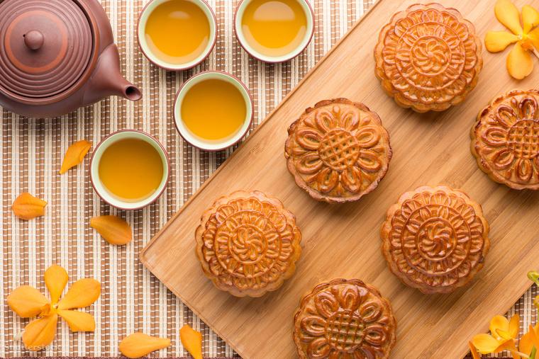 A kínai őszközép ünnep jellegzetes finomsága a holdsütemény