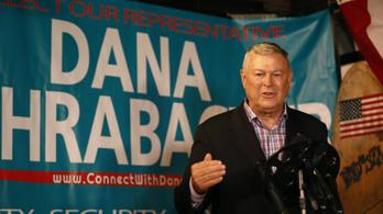 29 év után elveszítette mandátumát Orbán lobbistája