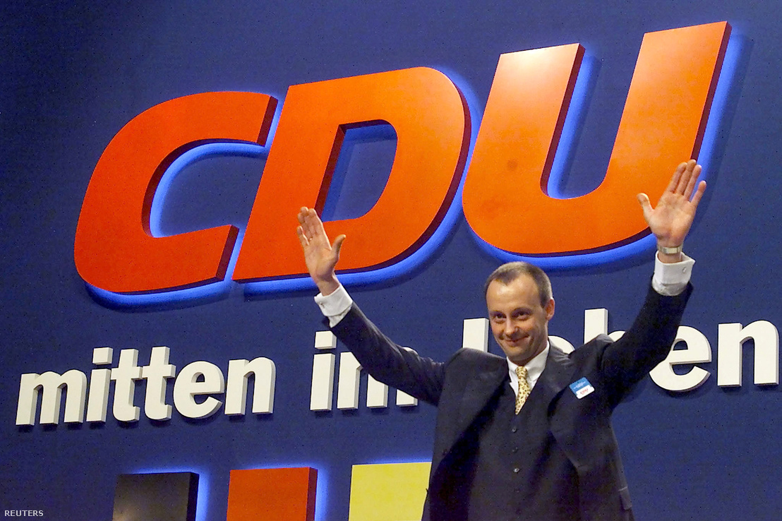Friedrich Merz a CDU frakcióvezetője Essenben 2000. április 11-én