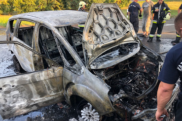 Semmi nem maradt az autóból, de a tulajdonos biztosítása kártérítést fizetett