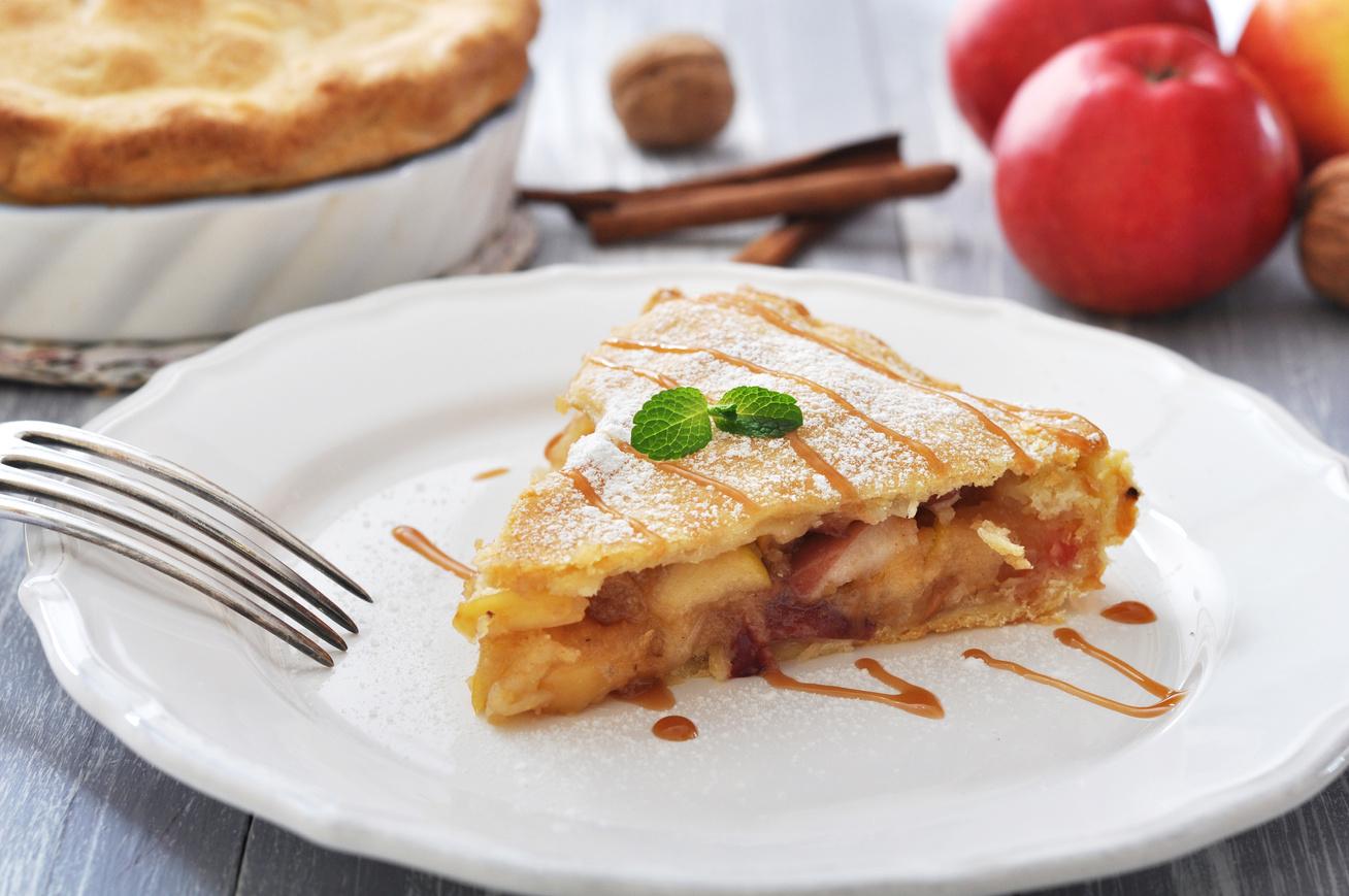 Karamellás, diós-almás pite, amiből egy szelet nem elég