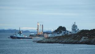 Egy norvég fregatt összeütközött egy tartályhajóval