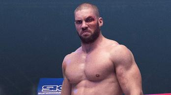 Ez a román bokszoló veri szét Creedet
