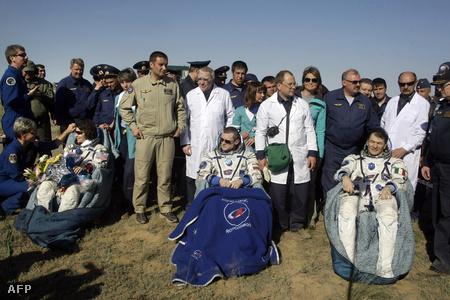 Az amerikai, az orosz és az olasz űrhajósok jól vannak