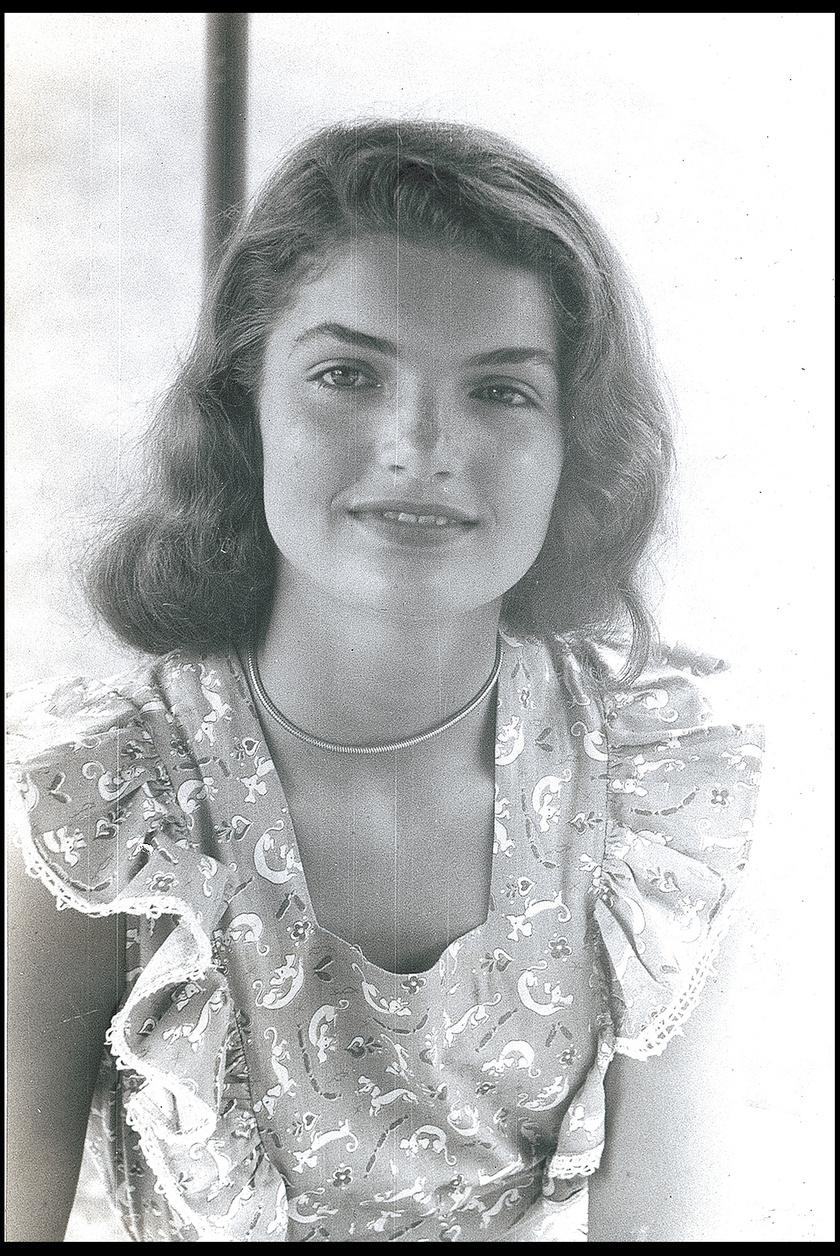 Gyönyörű szép tinilány volt Jackie - nem csoda, hogy még az elnök szeme is megakadt rajta.