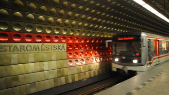 Véletlenül belefúrtak egy metróalagútba Prágában, egy szerelvény is sérült