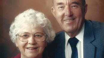 Egy angol kórház megszervezte, hogy együtt tölthesse utolsó óráit egy idős pár
