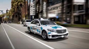 A Mercedes saját önvezető taxiszolgáltatást indít