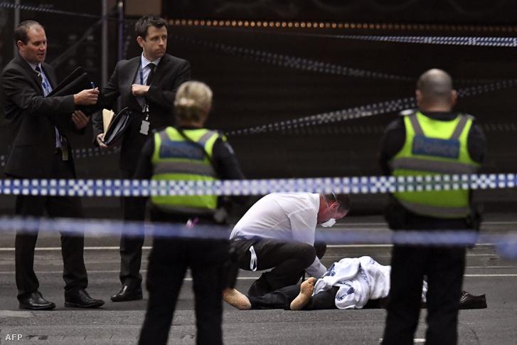 Egy embert megölt a melbourni késelő, kettőt megsebesített november 9-én