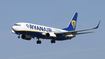 Lefoglaltak egy Ryanair-gépet a francia hatóságok a cég tartozása miatt