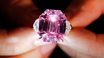 30 és 50 millió dollár között kelhet el egy rózsaszín gyémánt Genfben