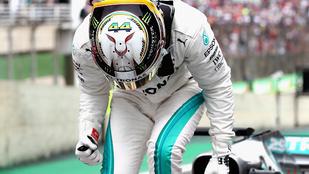 Megvan a 100. Mercedes-pole, Hamilton az élen
