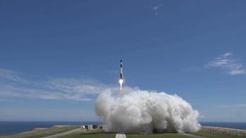Egy amerikai cég fellőtte az első kereskedelmi célú rakétáját