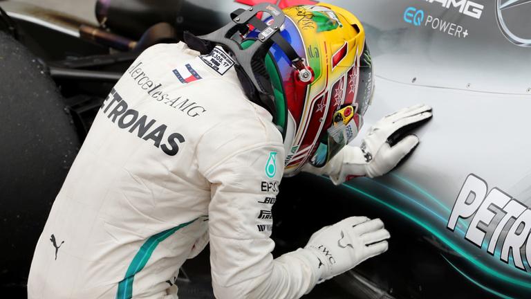 Hamilton nyerte Verstappen versenyét Brazíliában