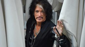 Az öltözőben lett rosszul az Aerosmith gitárosa