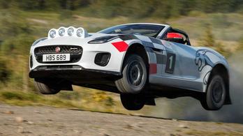 Raliautót faragtak a Jaguar-sportkocsiból