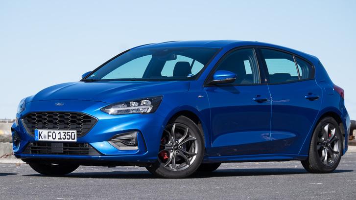 Részleteiben nem tetszik annyira a Ford, mint a Kia, de jobb benne a formai egybeség