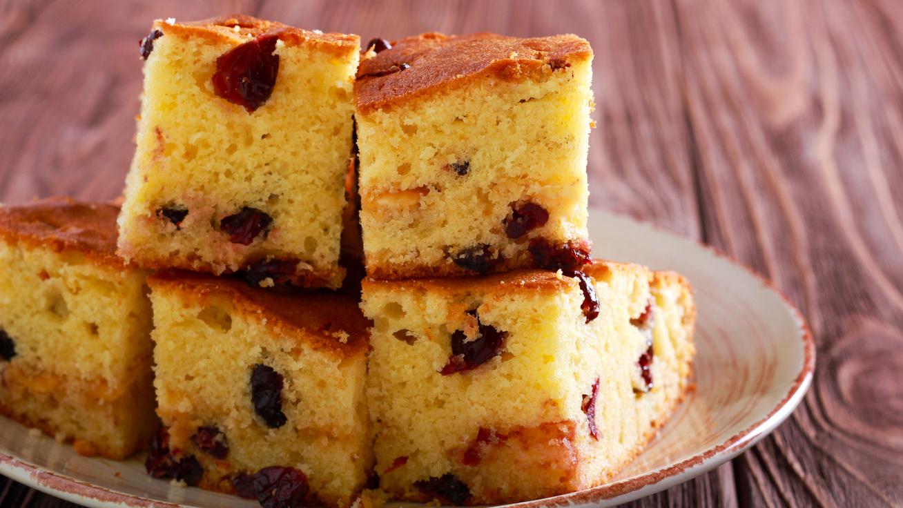 Könnyű, áfonyás, kevert süti: fehér csokival megbolondítva még jobb